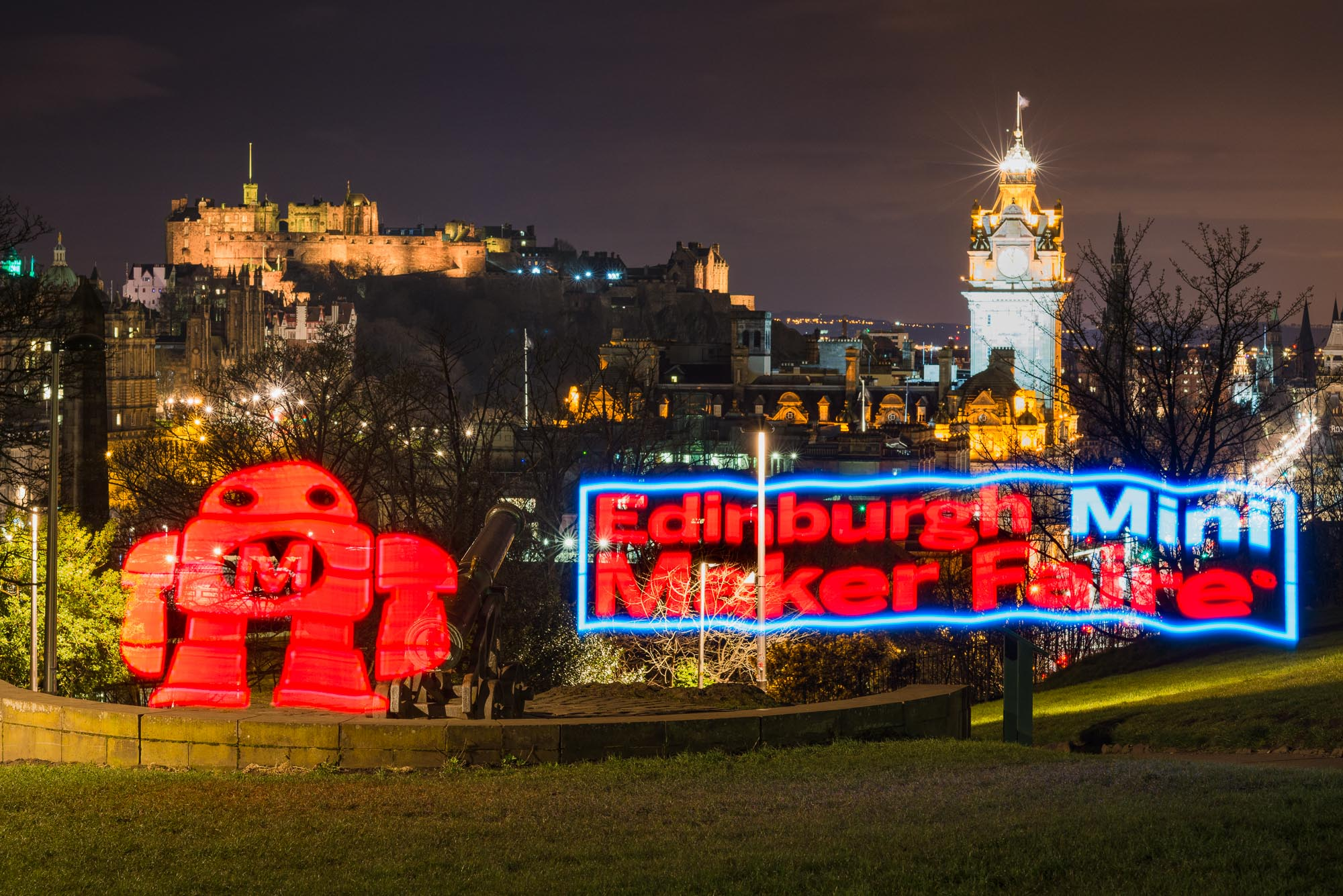 Light painting for Edinburgh Science Festival - Mini Maker Faire by Devicer and Iain Robinson